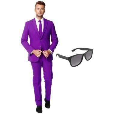 Grote maten verkleed paars net heren kostuum maat 56 xxxl met gratis zonnebril
