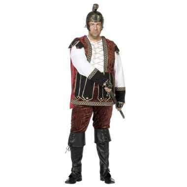 Maten  Grote maat middeleeuws kostuum voor heren